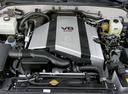 Фото авто Toyota Land Cruiser J100 [2-й рестайлинг], ракурс: двигатель