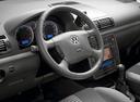Фото авто Volkswagen Sharan 1 поколение [2-й рестайлинг], ракурс: рулевое колесо