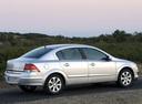 Фото авто Opel Astra Family/H [рестайлинг], ракурс: 225 цвет: серебряный