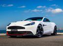 Фото авто Aston Martin Vanquish 2 поколение, ракурс: 45 цвет: белый
