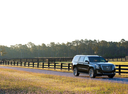 Фото авто Cadillac Escalade 4 поколение, ракурс: 315 цвет: черный