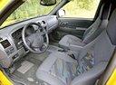 Фото авто Chevrolet Colorado 1 поколение, ракурс: салон целиком