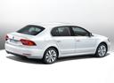 Фото авто Skoda Superb 2 поколение [рестайлинг], ракурс: 225 цвет: белый