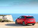 Фото авто Kia Cee'd 3 поколение, ракурс: 135 цвет: красный