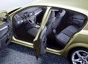 Фото авто Opel Astra Family/H [рестайлинг], ракурс: салон целиком цвет: салатовый