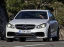 Фото авто Mercedes-Benz E-Класс W212/S212/C207/A207 [рестайлинг], ракурс: 45 цвет: белый