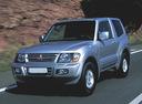 Фото авто Mitsubishi Montero 3 поколение, ракурс: 45