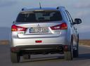 Фото авто Mitsubishi ASX 1 поколение [рестайлинг], ракурс: 180 цвет: серебряный