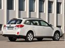 Фото авто Subaru Outback 4 поколение, ракурс: 225 цвет: белый