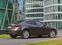Фото авто Mazda 3 BM, ракурс: 225 цвет: коричневый