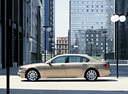 Фото авто BMW 7 серия E65/E66, ракурс: 90 цвет: бежевый