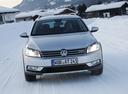 Фото авто Volkswagen Passat B7,  цвет: серебряный