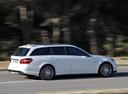 Фото авто Mercedes-Benz E-Класс W212/S212/C207/A207, ракурс: 270 цвет: белый