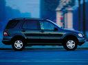 Фото авто Mercedes-Benz M-Класс W163, ракурс: 270 цвет: зеленый