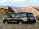 Фото авто Toyota Land Cruiser J200, ракурс: 135