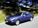 Фото авто Mercedes-Benz E-Класс W210/S210, ракурс: 45 цвет: голубой