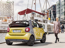Фото авто Smart Fortwo 3 поколение, ракурс: 225 цвет: желтый