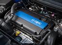 Фото авто Opel Corsa E, ракурс: двигатель