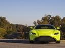 Фото авто Aston Martin Vantage 4 поколение,  цвет: салатовый