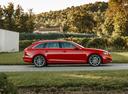 Фото авто Audi A4 B9, ракурс: 270 цвет: красный