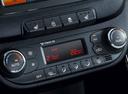 Фото авто Kia Cee'd 2 поколение [рестайлинг], ракурс: центральная консоль