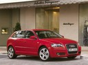 Фото авто Audi A3 8P/8PA [рестайлинг], ракурс: 315 цвет: красный
