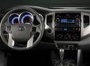 Фото авто Toyota Tacoma 2 поколение [2-й рестайлинг], ракурс: торпедо