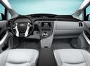 Фото авто Toyota Prius 3 поколение, ракурс: торпедо