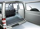 Фото авто УАЗ Patriot 1 поколение, ракурс: багажник цвет: серебряный