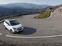 Фото авто Hyundai ix35 1 поколение, ракурс: 315 цвет: белый