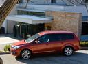 Фото авто Ford Focus 2 поколение [рестайлинг], ракурс: 90 цвет: красный