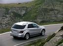 Фото авто Mercedes-Benz M-Класс W164, ракурс: 225 цвет: серебряный