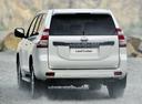 Фото авто Toyota Land Cruiser Prado J150 [рестайлинг], ракурс: 180 цвет: белый