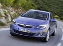 Фото авто Opel Astra J, ракурс: 45 цвет: голубой