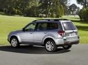 Фото авто Subaru Forester 3 поколение [рестайлинг], ракурс: 135 цвет: серебряный