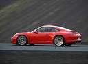 Фото авто Porsche 911 991, ракурс: 90 цвет: красный