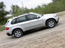 Фото авто BMW X5 E70, ракурс: 270 цвет: серебряный
