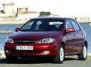 Фото авто Chevrolet Lacetti 1 поколение, ракурс: 45 цвет: красный