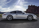 Фото авто Porsche 911 991, ракурс: 270 цвет: серебряный