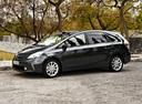 Фото авто Toyota Prius Plus 1 поколение, ракурс: 45