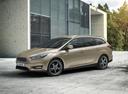 Фото авто Ford Focus 3 поколение [рестайлинг], ракурс: 45 цвет: бежевый