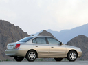 Фото авто Hyundai Elantra XD [рестайлинг], ракурс: 270 цвет: бежевый