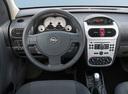 Фото авто Opel Combo C [рестайлинг], ракурс: торпедо