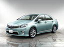 Фото авто Toyota Sai 1 поколение, ракурс: 45 цвет: аквамарин