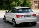 Фото авто Audi A1 8X, ракурс: 180 цвет: белый