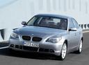 Фото авто BMW 5 серия E60/E61, ракурс: 45 цвет: серебряный