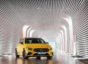 Фото авто Mercedes-Benz A-Класс W177/V177, ракурс: 315 цвет: желтый