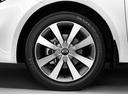 Фото авто Kia Rio 3 поколение [рестайлинг], ракурс: колесо цвет: белый