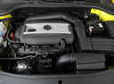 Фото авто Skoda Octavia 2 поколение [рестайлинг], ракурс: двигатель