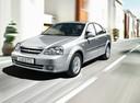 Фото авто Chevrolet Lacetti 1 поколение, ракурс: 45 цвет: серебряный